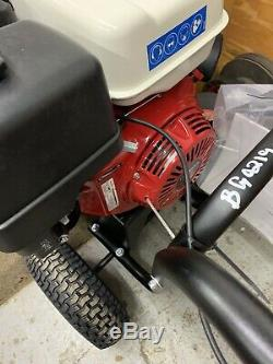 Billy Goat Honda Gas 13HP Engine Cordless Walk Behind Parking Lot & Leaf Blower