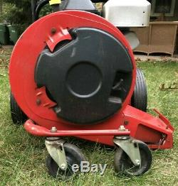 Yard Machines 5 HP Leaf Blower Starts Right Up Vgc See Video