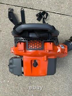 Husqvarna 150bt 50-cc 2-cycle 251-mph 692-cfm Dépositeur De La Feuille De Sac À Dos De Gaz (utilisé 2x)